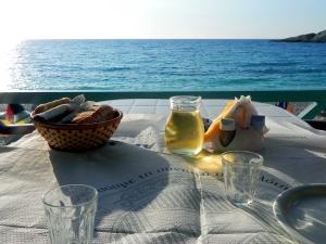 Cena a Petani, Cefalonia