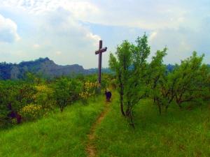 La Croce sulla cima della collina